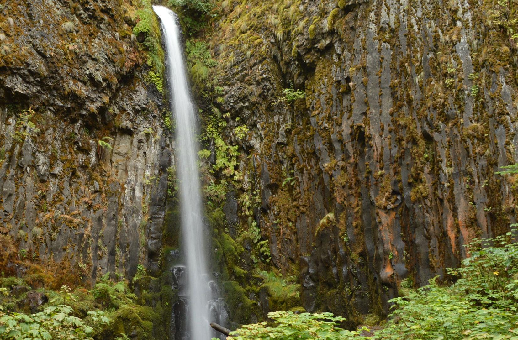 Dry Creek Falls and Herman Creek Pinnacles